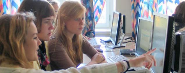 Ris Avis har vært laget siden 2007. Her er noen elever fra den første gruppen.