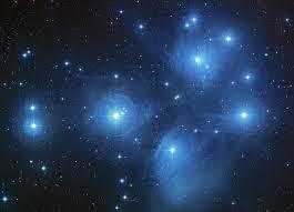 Pleiadene, eller M45 er en av de mest kjente stjernehopene. FOTO: https://en.wikipedia.org/wiki/Pleiades